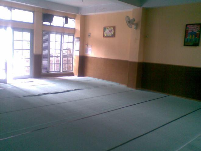 Diambil 29 Juni 2010. Sebelum Masjid Ar Rahmah dirombak